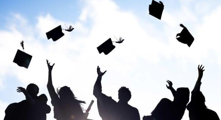 Estudar no exterior (Bolsas de estudo no exterior em 2019)